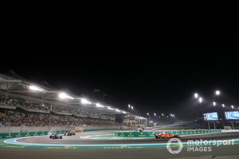 Sebastian Vettel, Ferrari SF71H, Brendon Hartley, Scuderia Toro Rosso STR13 et Daniel Ricciardo, Red Bull Racing RB14