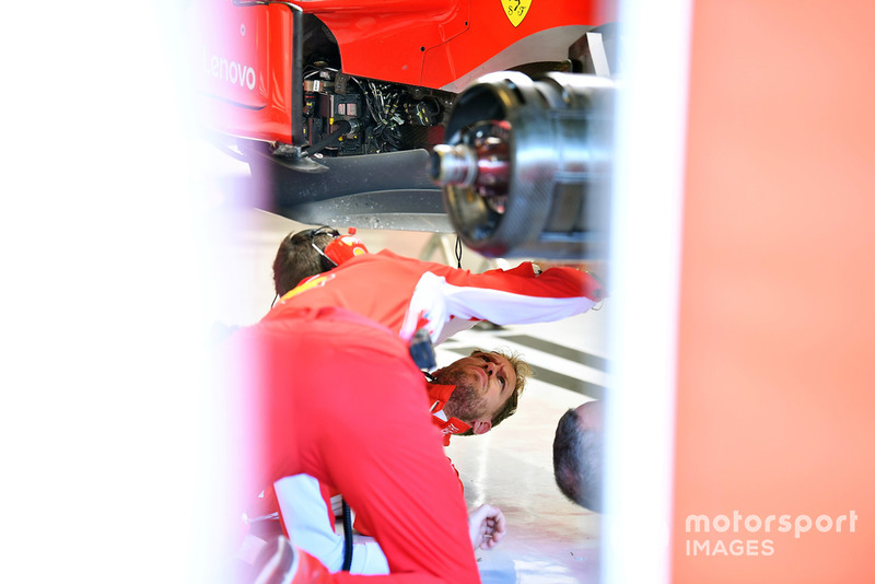 El fondo plano del Ferrari SF71H de Sebastian Vettel