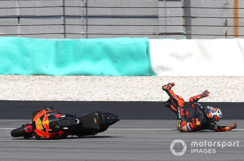 La caduta di Pol Espargaro, Red Bull KTM Factory Racing