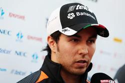 Sergio Perez, Sahara Force India F1 im Gespräch mit der Presse