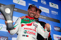 Podium: Tiago Monteiro, Honda Racing Team JAS, Honda Civic WTCC