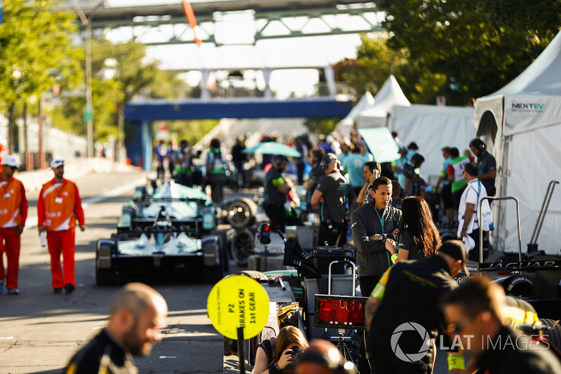 James Barclay, Jaguar Racing, en pits