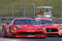 #888 Kessel Racing Ferrari 488 GT3: Stephen Earle, David Perel