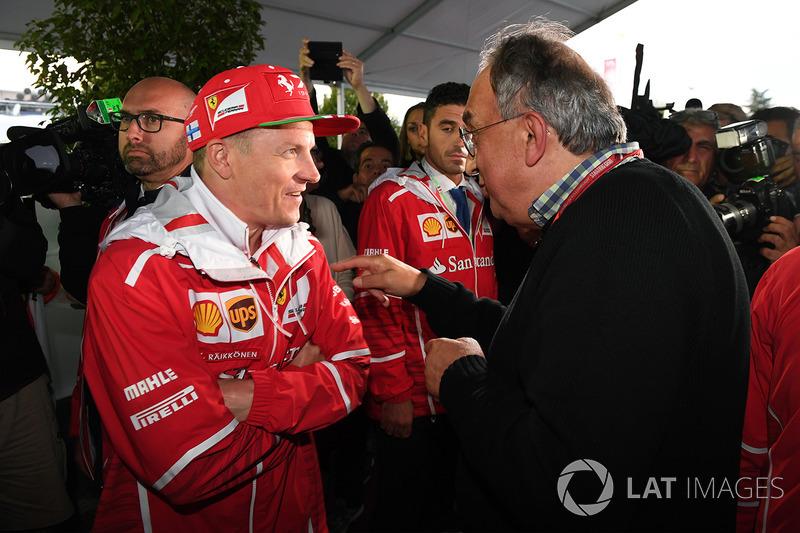 Sergio Marchionne, CEO de FIAT y Kimi Raikkonen, Ferrari en el Ferrari 70 aniversario