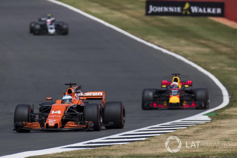 Фернандо Алонсо, McLaren MCL32, Даніель Ріккардо, Red Bull Racing RB13