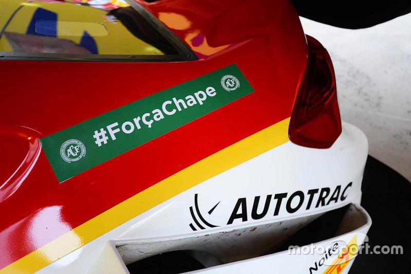 Coche de Shell con tributo al equipo Chapecoense