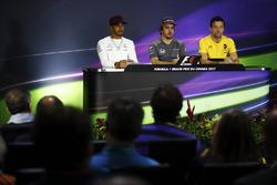 Lewis Hamilton, Mercedes AMG F1, Fernando Alonso, McLaren, Jolyon Palmer, Renault Sport F1 Team