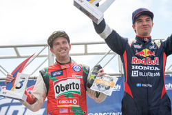 Podium: race winner Sebastian Eriksson, Honda, third place Scott Speed, Volkswagen
