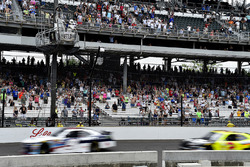 William Byron, JR Motorsports Chevrolet wins over Paul Menard, Richard Childress Racing Chevrolet