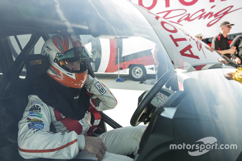 Carl Edwards in the Toyota Land Speed Cruiser