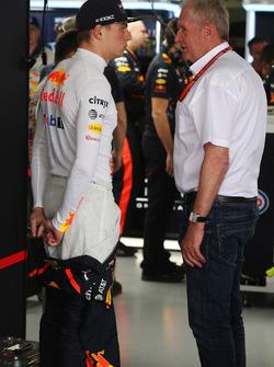 Max Verstappen, Red Bull Racing; Helmut Markko, Motorsportberater, Red Bull Racing