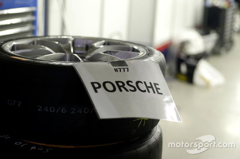 Tires for a Porsche