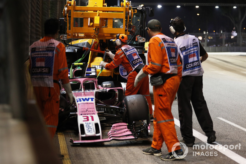 Abandon : Esteban Ocon (Racing Point Force India)