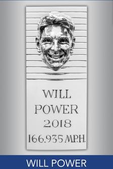 Konterfei von Will Power an der Borg-Warner-Trophy
