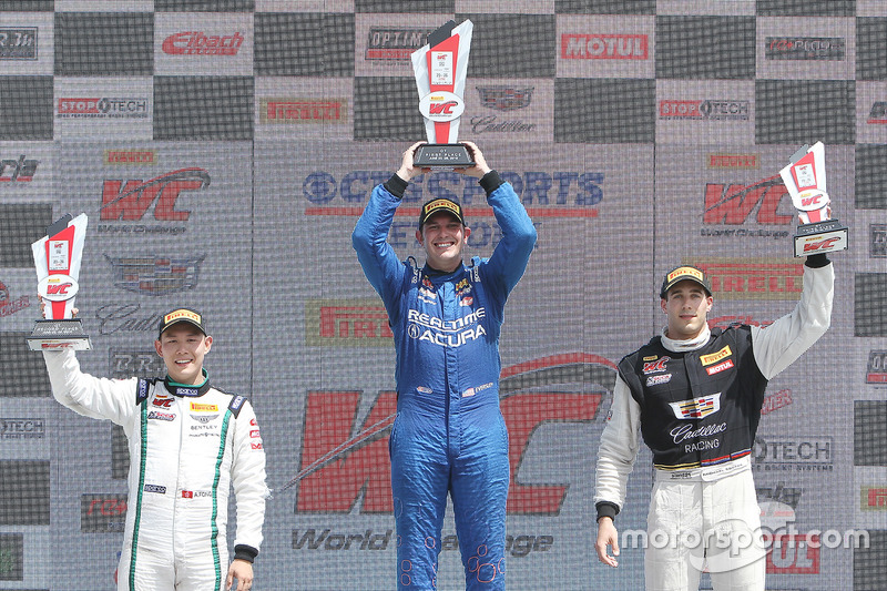 GT podyum: 1. Ryan Eversley, RealTime Racing, 2. Adderly Fong, Bentley Team Absolute, 3. Michael Coo