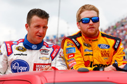 A.J. Allmendinger, JTG Daugherty Racing Chevrolet, Chris Buescher, Front Row Motorsports Ford