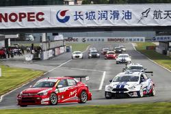 Race action ,Citroen VS Ford