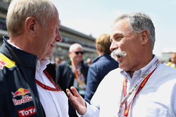 Chase Carey, Chairman of Formula One Group talks with Dr Helmut Marko, Red Bull Racing Team Consulta