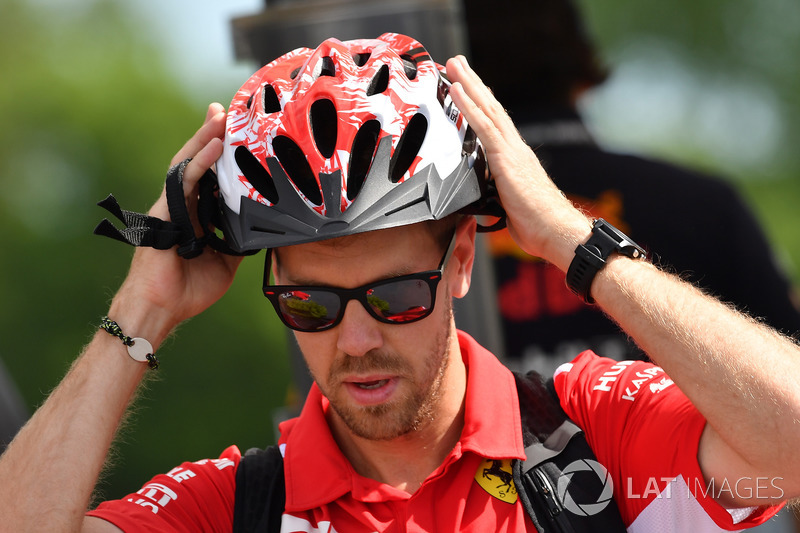 Sebastian Vettel, Ferrari and cycle helmet