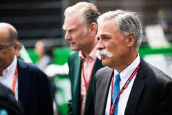 Sean Bratches, director comercial de la F1, Chase Carey, jefe de la F1