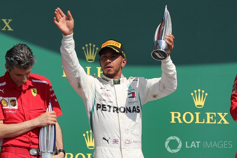 Lewis Hamilton - Mercedes: 9
