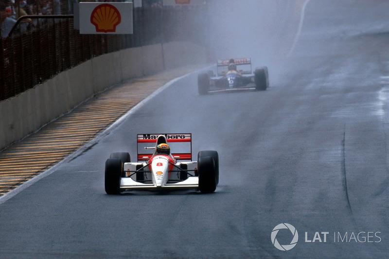 Ayrton Senna, McLaren MP4/8 lidera el segundo lugar finalizado Damon Hill, Williams FW15C