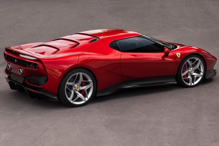 Autó Ferrari SP38 néven debütált az olasz gyártó legújabb sportautója