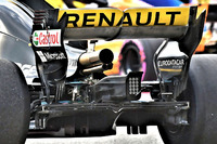 Renault Sport F1 Team RS18 exhaust detail