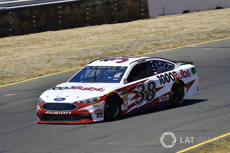 28. David Ragan, Front Row Motorsports, Ford Fusion 1000Bulbs.Com