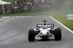Robert Kubica, BMW Sauber F1.06, senza l'ala anteriore
