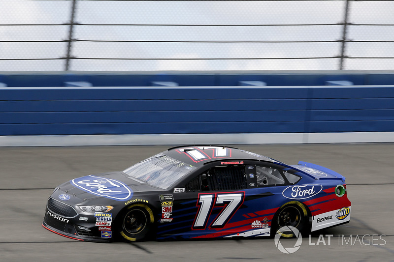 16. Ricky Stenhouse Jr., No. 17 Roush Fenway Racing Ford Fusion