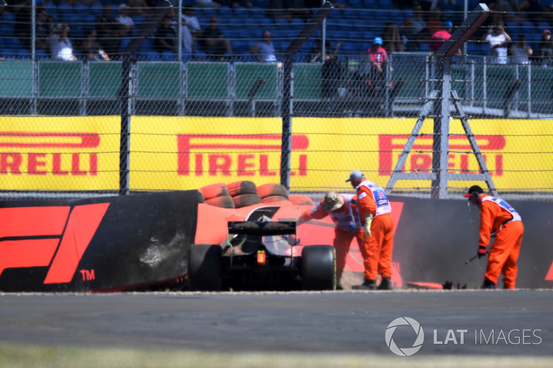 Brendon Hartley, Scuderia Toro Rosso STR13 after the crash