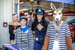 Grid girl with fans