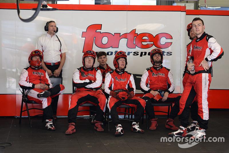 Fortec Motorsports garage atmosphere