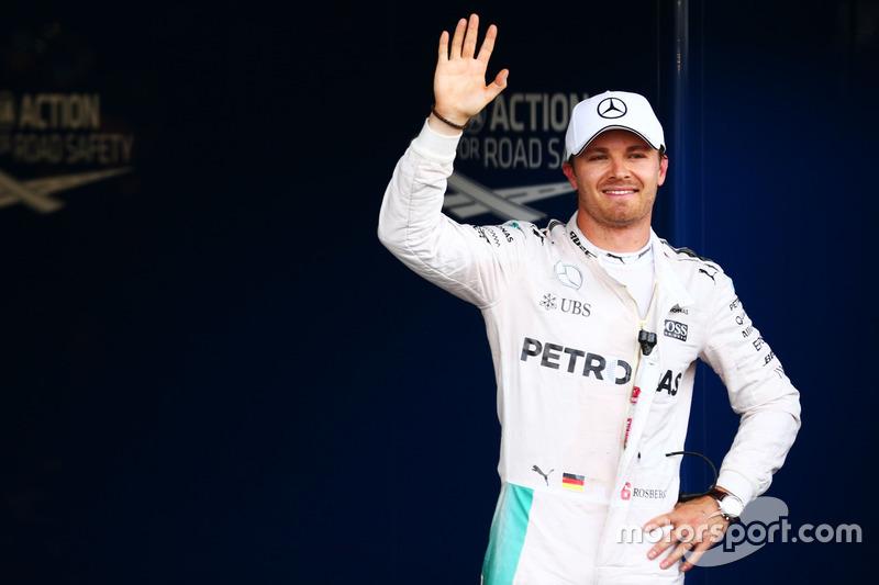 Nico Rosberg, Mercedes AMG F1  celebra su posición de pole en parc ferm