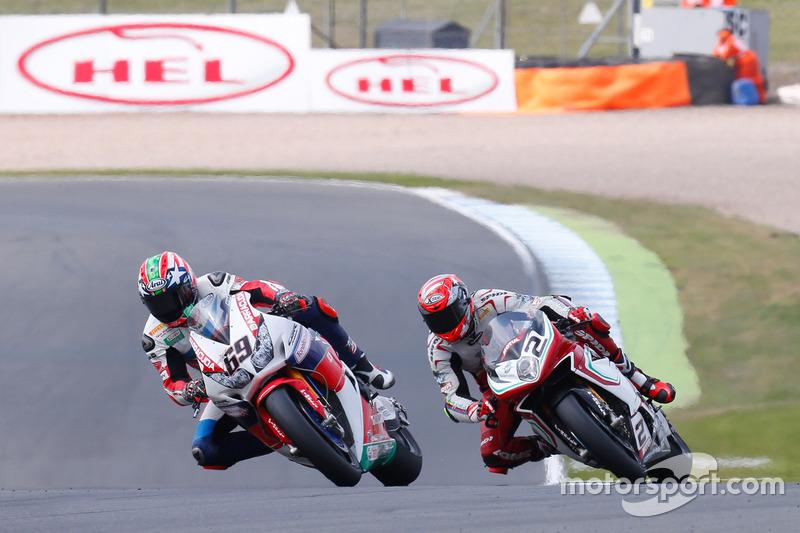 Nicky Hayden, Honda World Superbike Team, und Leon Camier, MV Agusta Reparto Corse
