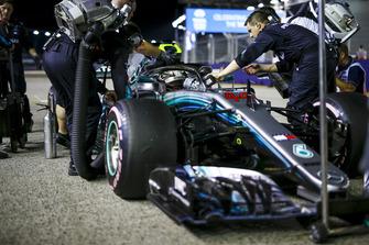 Lewis Hamilton, Mercedes-AMG F1 W09 sur la grille