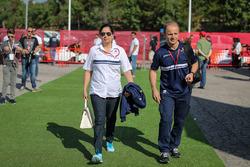 Monisha Kaltenborn, Sauber, Teamchefin; Joseph Leberer, Sauber, Physiotherapeut