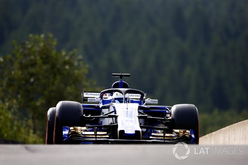 Marcus Ericsson, Sauber C36, con el halo