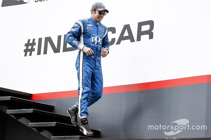 Segundo, Simon Pagenaud, Team Penske Chevrolet celebra