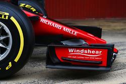 Haas F1 Team VF-17, ala anteriore