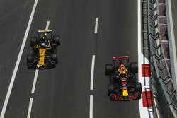 Max Verstappen, Red Bull Racing RB13, Jolyon Palmer, Renault Sport F1 Team RS17
