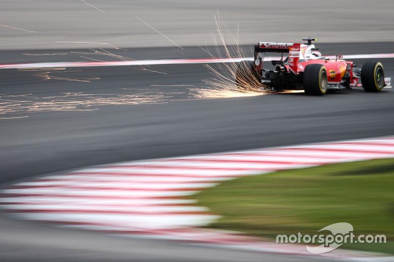 Funken: Kimi Räikkönen, Ferrari SF16-H