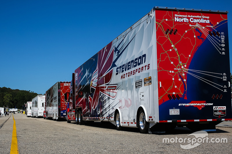 Renntransporter: Stevenson Motorsports