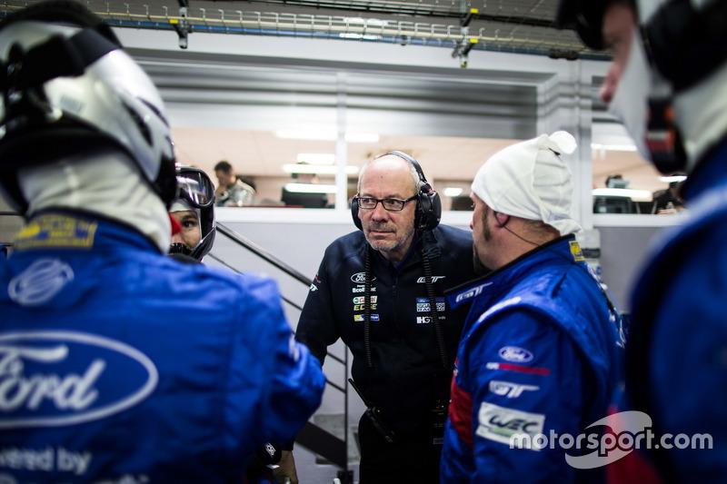Mechaniker in der Box von #67 Ford Chip Ganassi Racing Team UK Ford GT: Marino Franchitti, Andy Priaulx, Harry Tincknell