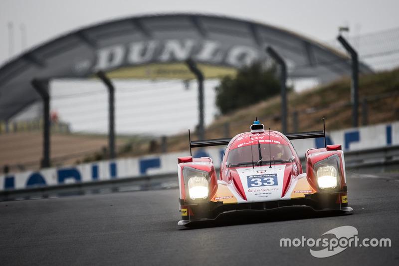 #33 Eurasia Motorsport Oreca 05 Nissan: Джун Джін Пу, Нік де Брюйн, Трістан Гомманді