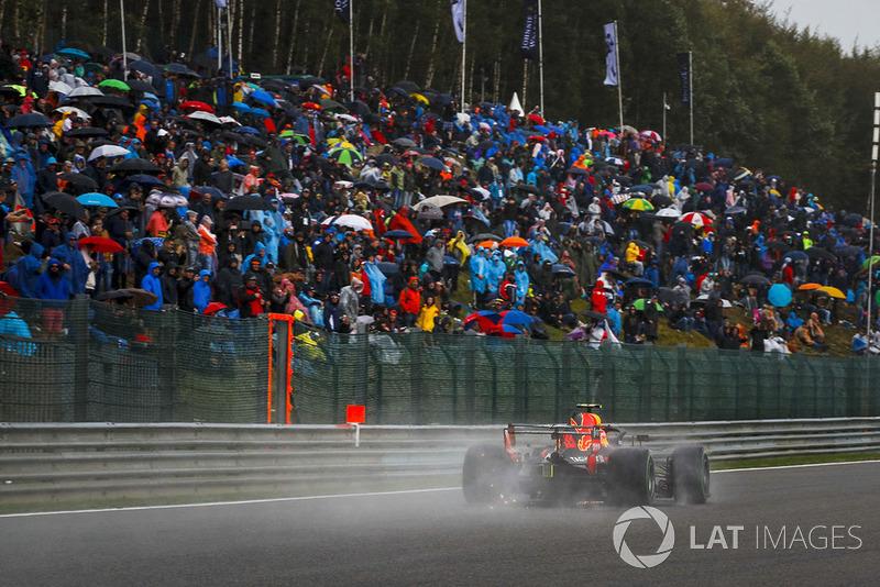 7: Макс Ферстаппен, Red Bull Racing RB14, 2'02.769