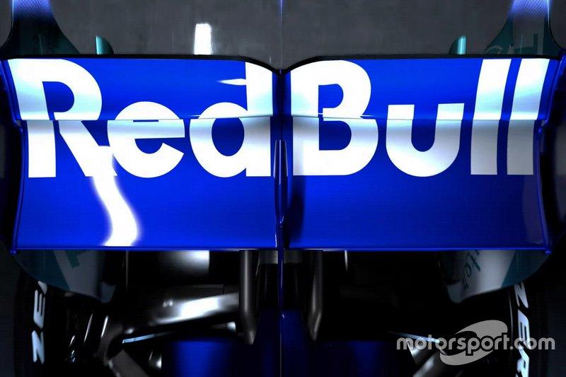 Detalle del alerón trasero de Scuderia Toro Rosso STR14