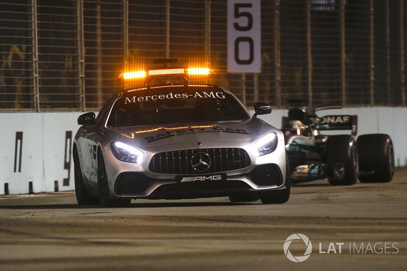 O carro de segurança entraria mais uma vez por causa do acidente de Marcus Ericsson.