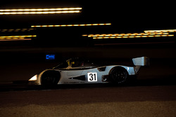 #31 Team Sauber Mercedes, Mercedes-Benz C11: Karl Wendlinger, Michael Schumacher, Fritz Kreutzpointn